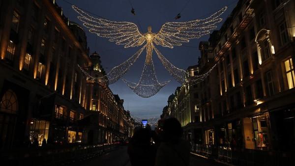 Tajuk The Spirit of Christmas dipilih agar masyarakat tetap semangat menanti dan merayakan Natal di tengah pandemi COVID-19.
