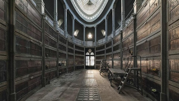 Ruang bawah tanah abad ke-21, Portugal, Wilayah Utara. Ruang bawah tanah yang berada di dalam gereja juga masih terlihat baik.