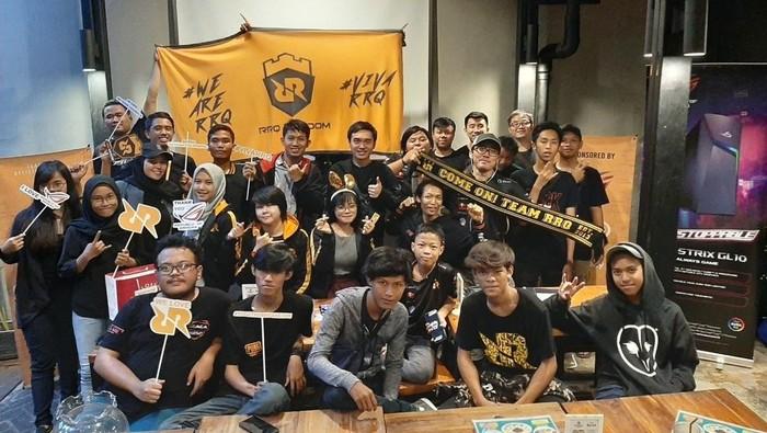 RRQ Kingdom Fanbase Tim Esports RRQ