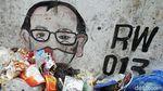 Jorok! Sampah Menumpuk di Jalanan Pinggir KBB Tomang