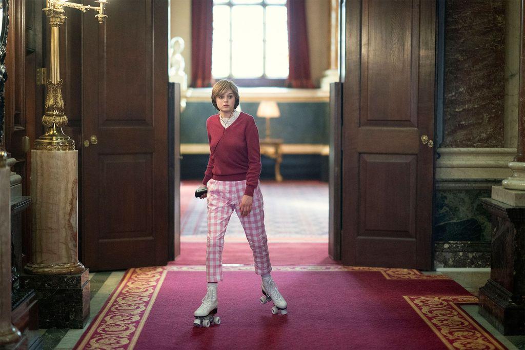 Emma Corrin sebagai Putri Diana di The Crown Season 4