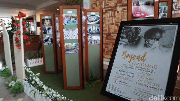 Pameran foto Beyond Pandemic diadakan di The Jayakarta Hotel Jalan Ir H Djuanda, Kota Bandung. (Siti Fatimah/detikcom)