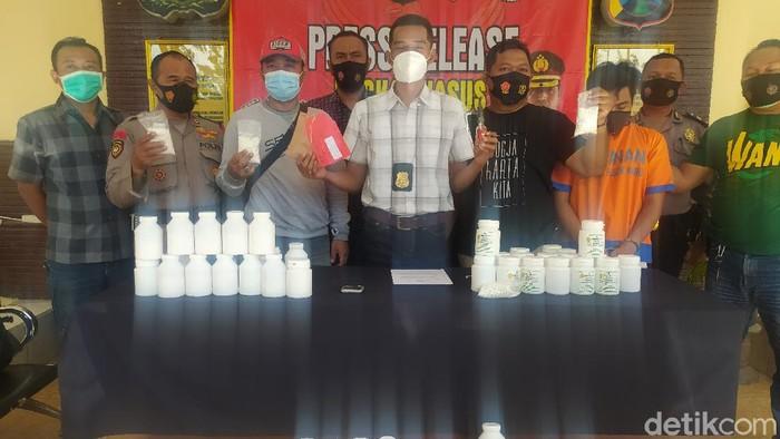 Pengedar Pil Koplo Dengan Sasaran Anak Sekolah di Sidoarjo Ditangkap