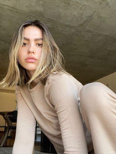 Model  Amelia Gray Hamlin.