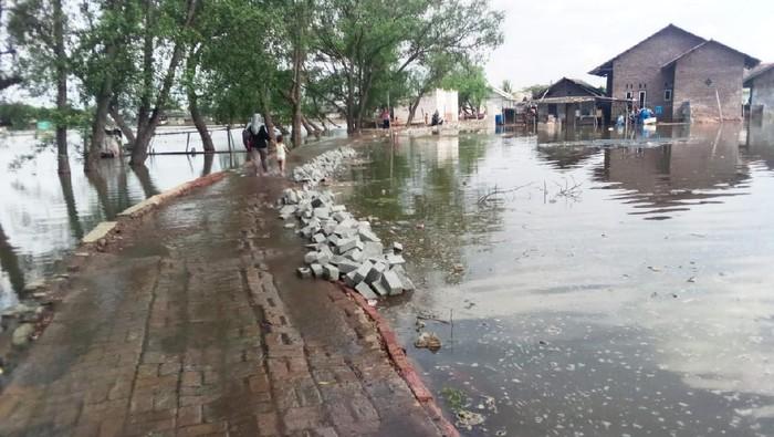 Banjir rob di Kabupaten Bekasi (Do