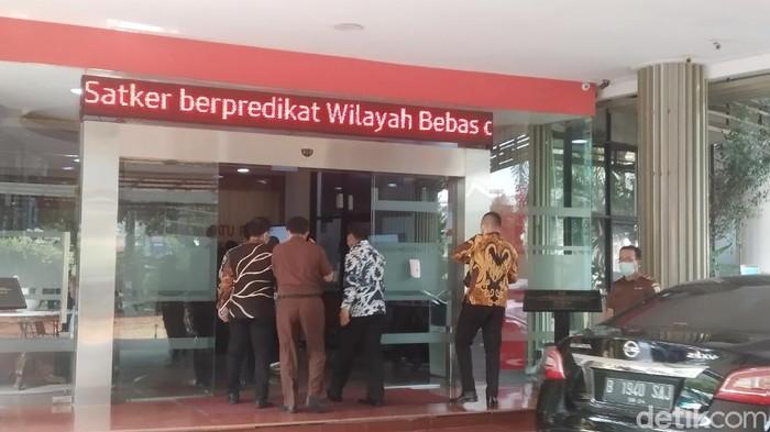 Deputi Penindakan KPK Sambangi Kejagung (Wilda/detikcom)