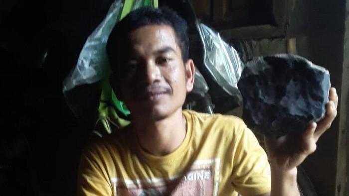 Kisah Josua Hutagalung, penemu batu meteor asal Sumatera Utara: Saya jual Rp200 juta, ternyata harganya Rp26 miliar