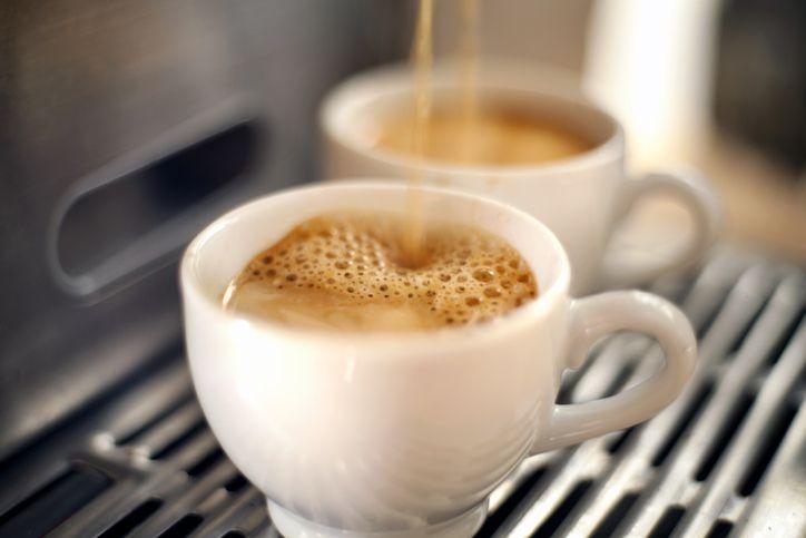 Kopi Tanpa Kafein, Benarkah Lebih Sehat dari Kopi Biasa?