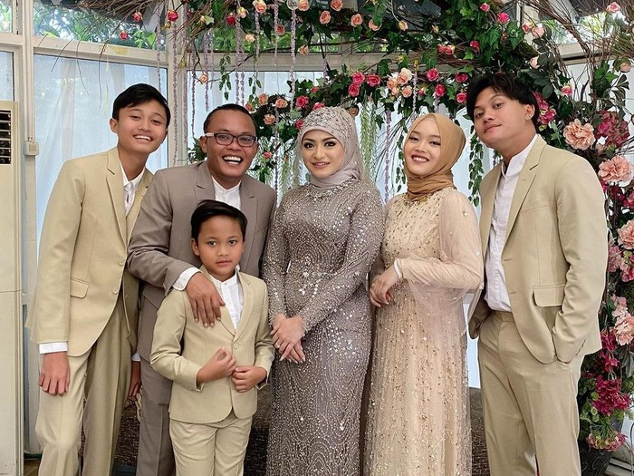 Pernikahan Sule dan Nathalie Holscher