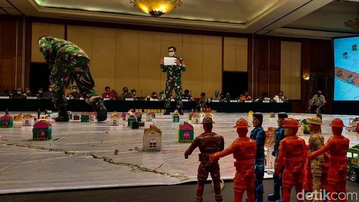 BNPB mengadakan tactical floor game (TFG) sebagai salah satu langkah antisipasi dan mitigasi bencana erupsi Gunung Merapi.