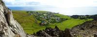 Tristan de Cunha terdiri dari empat pulau termasuk Pulau Tidak Dapat Diakses, Pulau Nightingale, dan Situs Warisan Dunia UNESCO Pulau Gough. Sebagian besar pendapatan pulau ini dari perikanan, yakni dari lobster batu yang berkelanjutan (Foto: Tristan de Cunha)