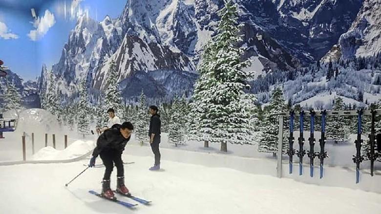 Area permainan Ski di Trans Snow World Bintaro