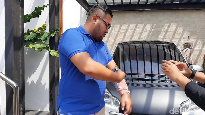 Dimas Prasetyahani, pengendara Honda CBR1000RR SP yang viral diseruduk pengemudi Ayla, Banyumas, Jumat (20/11/2020).