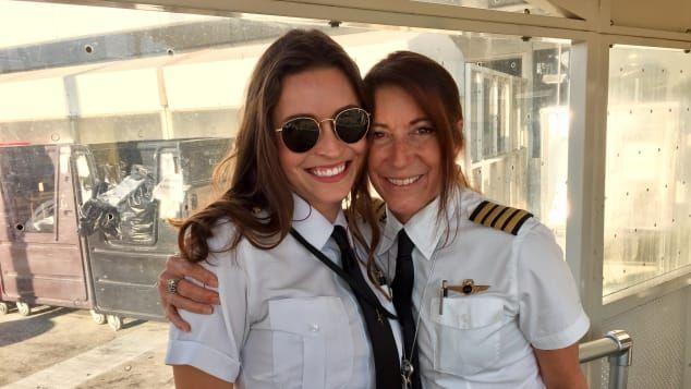 Donna Garrett pilot ibu dan anak