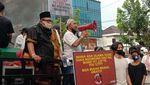 Saat Warga di Beberapa Kota Indonesia Tolak Kehadiran Habib Rizieq