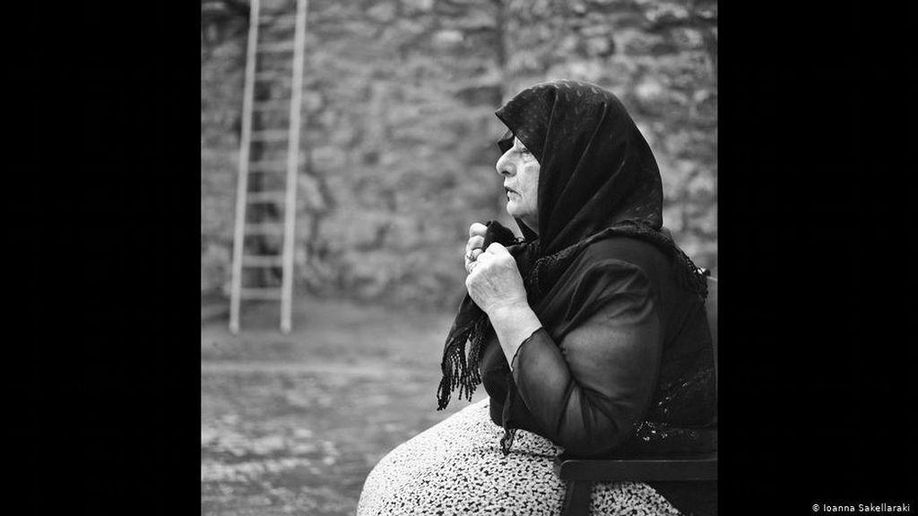 Mengenal Moirolog Perempuan yang Berkabung Secara Profesional di Yunani