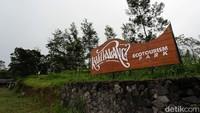 Kawasan wisata di Utara Dusun Sambungrejo, Desa Balerante Kecamatan Kemalang, Klaten itu ditutup sejak tanggal 5 November.