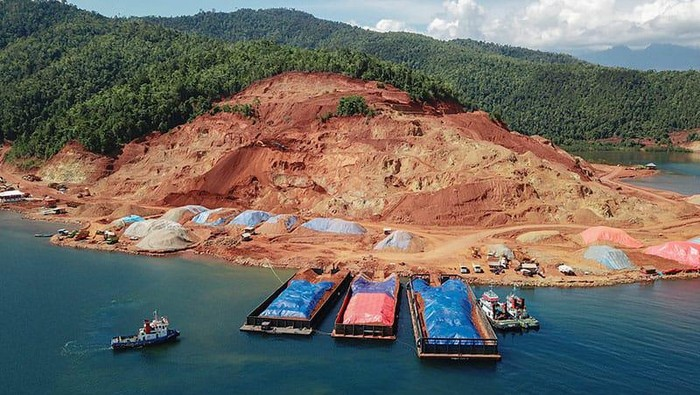 Pemerintah Indonesia melalui Kementerian Koordinator Maritim dan Investasi (Kemenkomarves) terus mengakselerasi hilirisasi nikel melalui percepatan Proyek Strategis Nasional (PSN) yang dicanangkan oleh Presiden Joko Widodo.