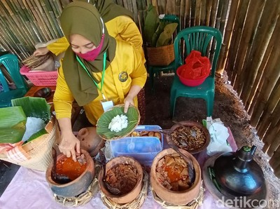 Foto: Pasar Ampiran Kudus yang Unik dan Jadul