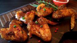 5 Takhayul Makanan di Korea, Sayap Ayam Picu Perselingkuhan