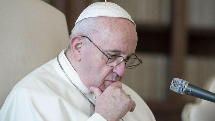 Akun Paus Fransiskus di Intagram klik tanda suka pada seorang model, Vatikan lakukan penyelidikan internal