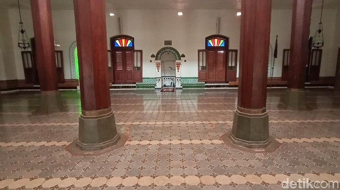Yayasan Masjid, Menara, dan Makam Sunan Kudus mengungkapkan ada inskripsi yang selama ini belum dipublikasi. Penasaran?