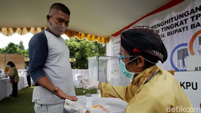 Simulasi Pilkada 2020 di Bantul, Yogyakarta dilaksanakan dengan menerapkan standar protokol kesehatan ketat untuk mencegah persebaran dan penularan COVID-19.