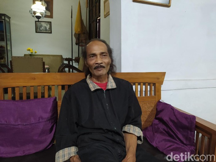 Tokoh masyarakat di lereng Gunung Merapi, Dusun Tutup Ngisor Kabupaten Magelang, Sitras Anjilin, Sabtu (21/11/2020).
