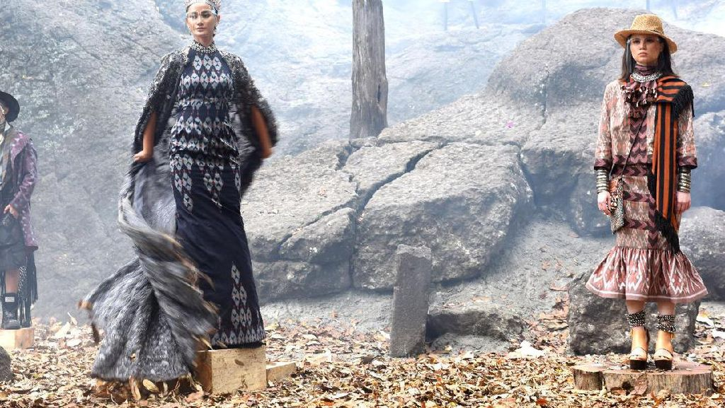 Fashion Show Unik di Tengah Pandemi, Digelar di Gua Selomangleng, Kediri