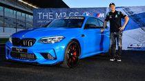 Meski Gagal Juara Dunia, Quartararo Dikasih Hadiah Mobil BMW
