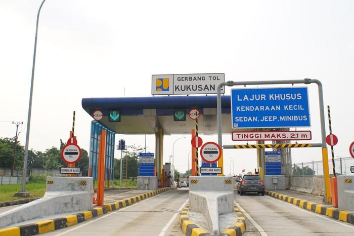 Gerbang Tol Kukusan