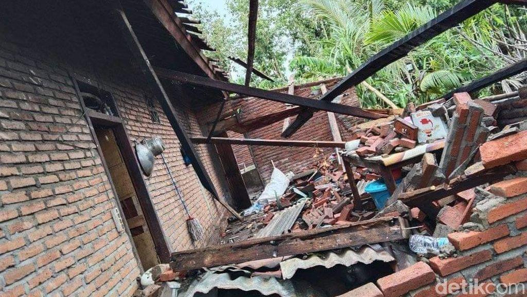 Hujan Disertai Angin Kencang di Dompu: 53 Rumah Rusak-4 Warga Terluka