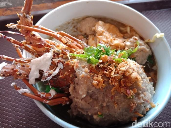 Mantul! Di Jombang Ada Bakso Lobster yang Gurih Segar