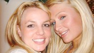 Paris Hilton Klaim Jadi Pencipta Tren Foto Selfie, Kata Netizen: Bukan!