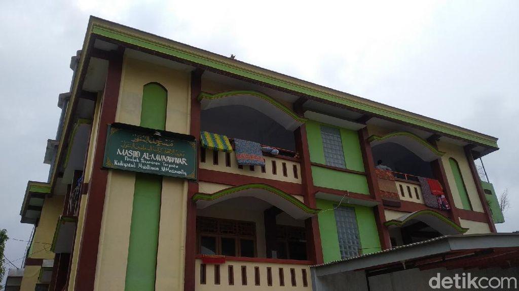 156 Orang di Ponpes Al-Mutawally Kuningan Reaktif COVID-19