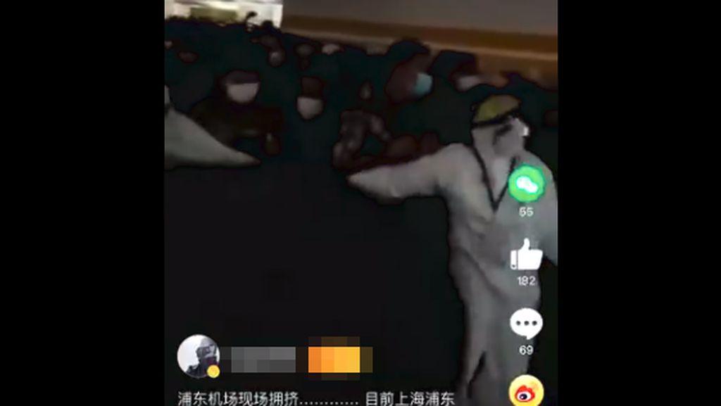 Viral Ribuan Penumpang Terjebak di Bandara karena Staf Positif COVID-19
