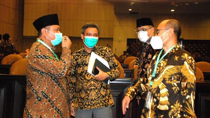 Himpunan Pengembang Nusantara (HIPNU) digandeng Bank BTN untuk ikut serta mensukseskan program sejuta rumah. Apa reaksinya?