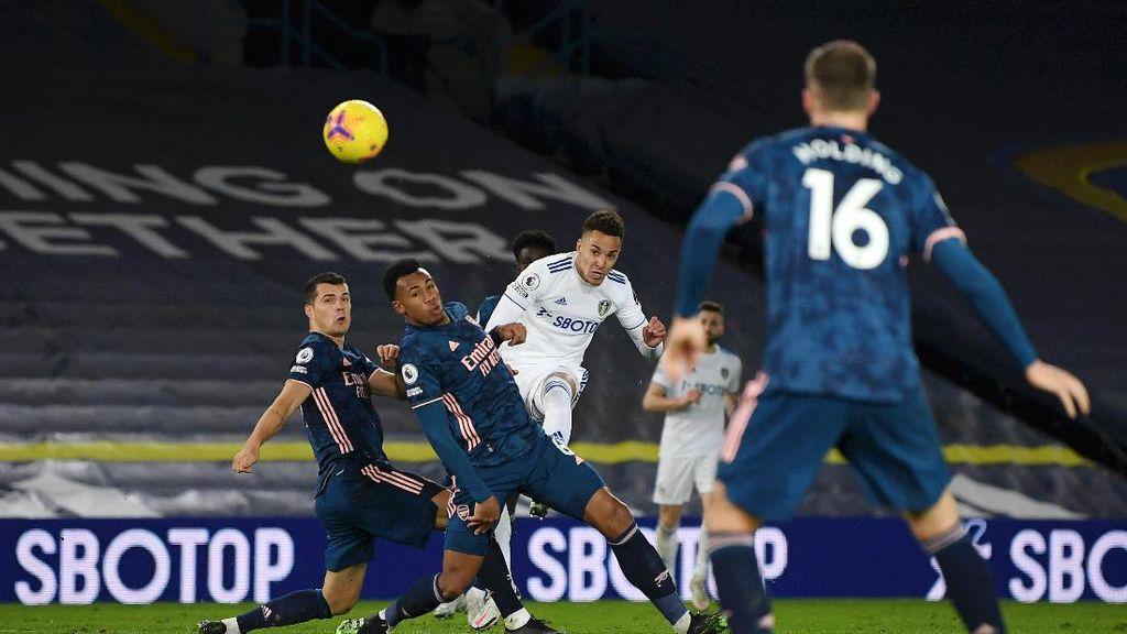 Bek Arsenal: Serangan Leeds Menguras Mental!