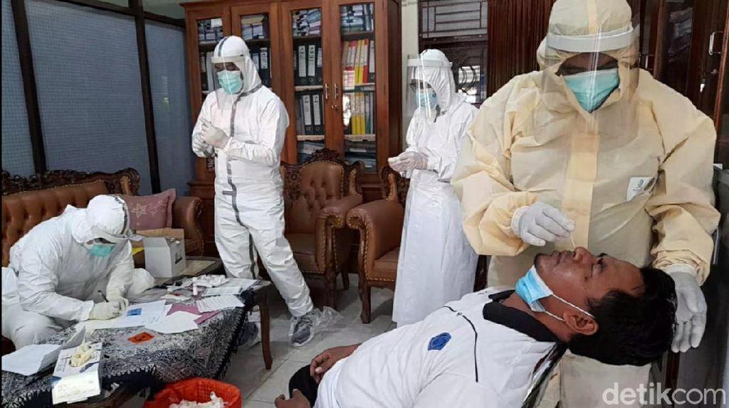 10 Pejabat Pemkab Brebes yang Tur ke Bromo Bareng Bupati Kena Corona
