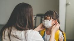 Haruskah Anak Memakai Masker Dobel Demi Cegah COVID-19? Ini Kata Dokter