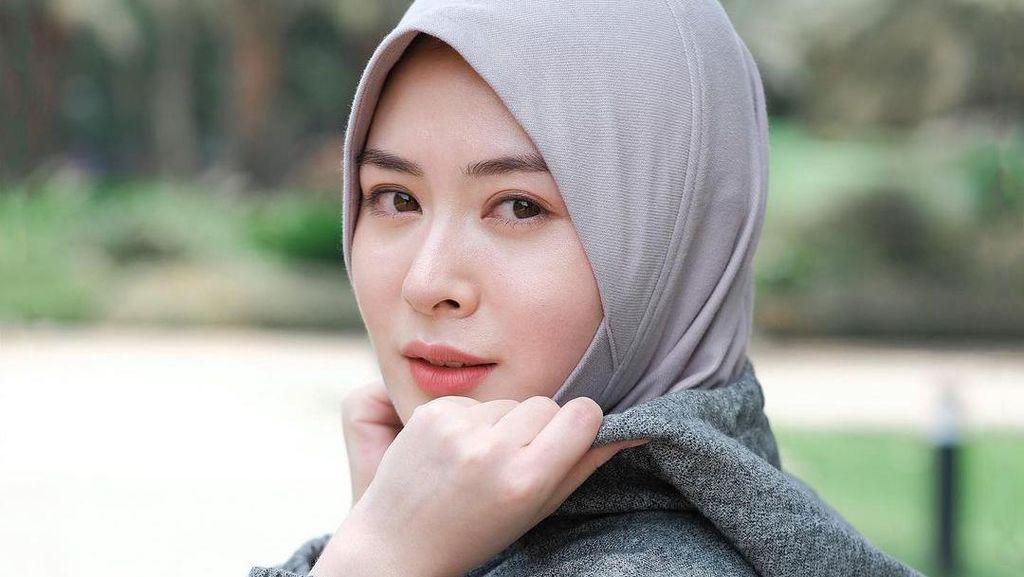 Ayana Moon Bisnis Hijab Kena Kritik Netizen: Harganya Kemahalan