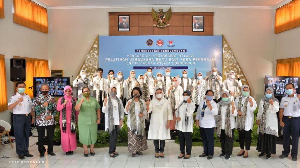 52 Perajin Skala UMK di Yogyakarta Dapat Pelatihan Wirausaha