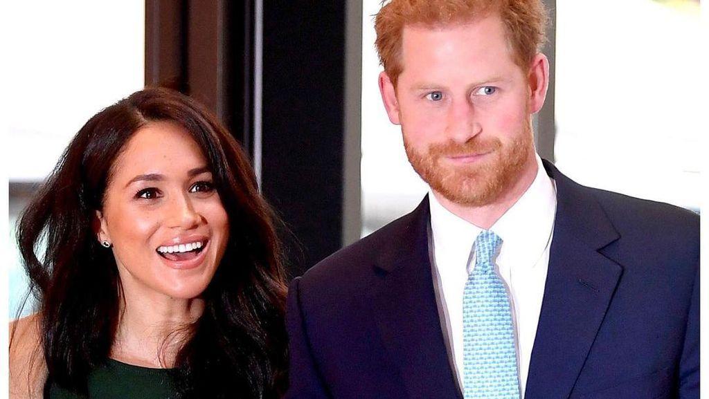 Pangeran Harry dan Meghan Markle Tak Bisa Ikut Campur di The Crown