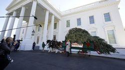Gedung Putih Akan Gelar Pesta Saat Warga AS Diimbau Tetap di Rumah