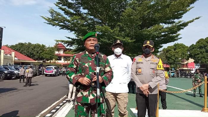 Pangdam III Siliwangi Mayjen TNI Nugroho Budi Wiryanto.