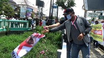 Aksi Tolak HRS di Jateng: Dibubarkan Polisi-Poster Habib Rizieq Dilarung