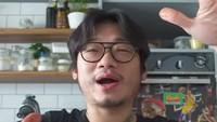 Tipe-tipe Food Vlogger Menurut Chef Willgoz, Ada yang Kalem hingga Super Lebay