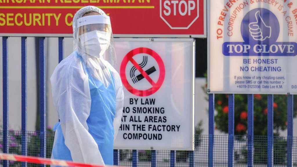 2.500 Karyawan Positif Corona, Puluhan Pabrik Sarung Tangan di Malaysia Tutup
