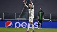 Jago Kandang! Ronaldo Samai Rekor Messi di Liga Champions