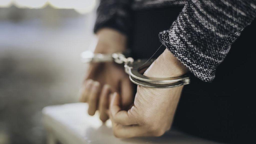 Pertama, Polisi Inggris Dipenjara Karena Jadi Anggota Neo Nazi